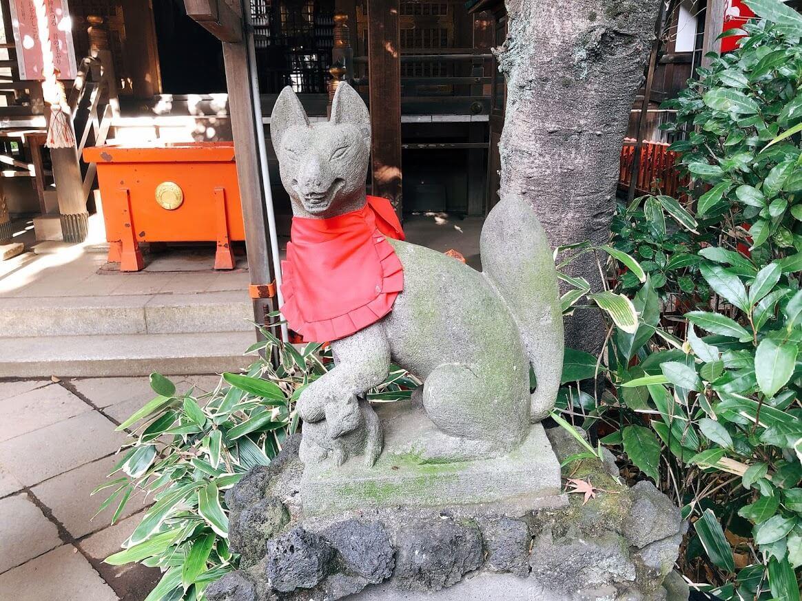 花園稲荷神社-子取りの狐