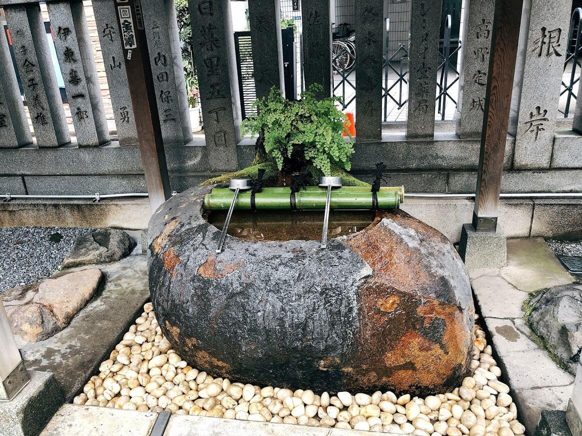 元三島神社-手水舎