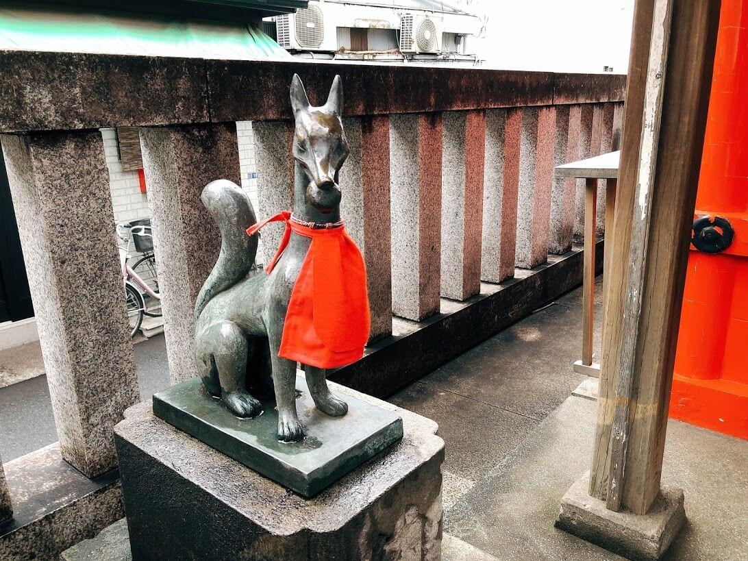 隆栄稲荷神社-狐